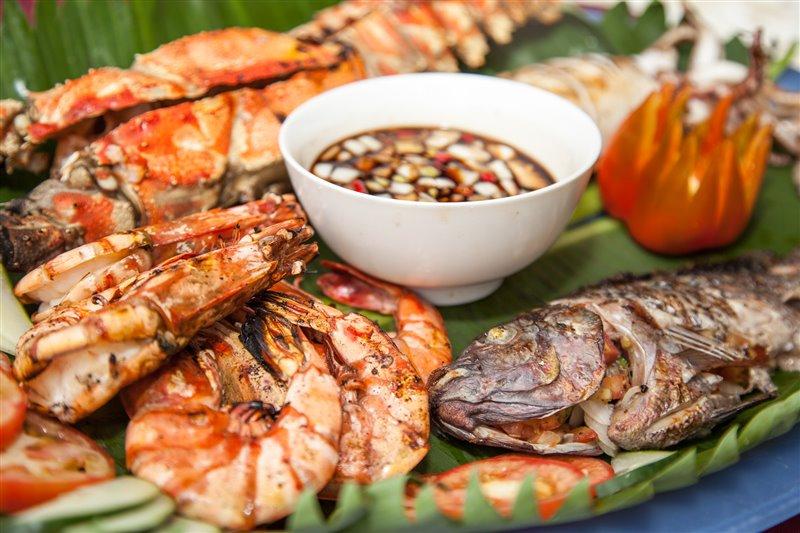 fresh local seafood puerto galera resort