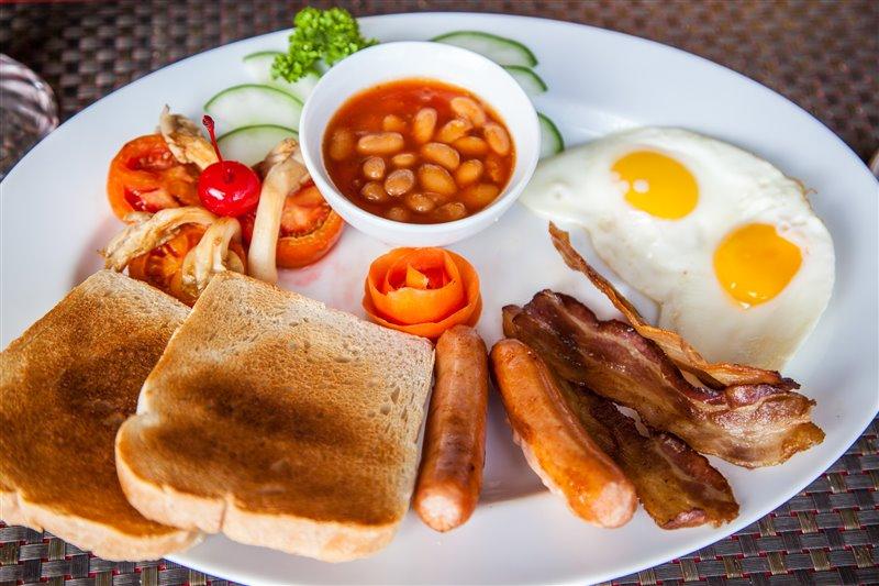 scandi divers resort full breakfast